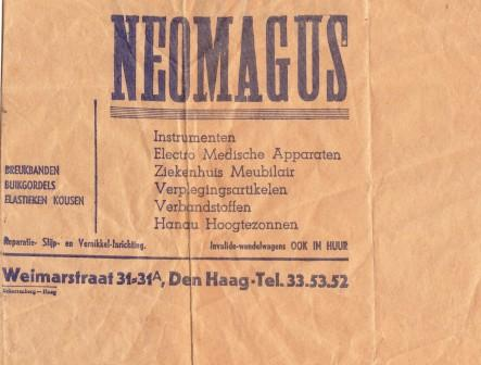 Inpakpapier van drogisterij Neomagus.