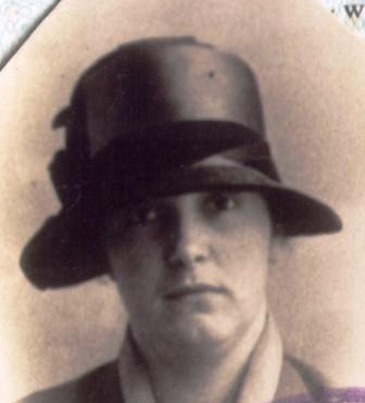Cors vrouw Jane op hetzelfde paspoort.