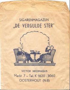 Sigarenzakje: er kunnen vijf losse sigaren in. Het telefoonnummer 3060 is in 1962 in de plaats gekomen van 142, het nummer dat de familie Neomagus sinds 1932 heeft gehad.