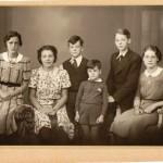 De kinderen van Cor en Jane in 1939. Van links naar rechts Heleen (1924), Ada (1926), Hein (1930), Bertus (1934), Cees (1926) en Heiltje (1932).