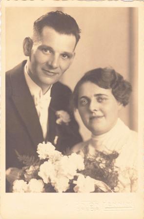 Trouwfoto van Leo en Jo, 25 juni 1935.