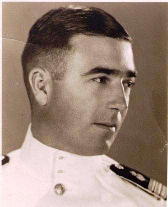 Frits als 1ste stuurman in Soerabaya, datum onbekend.
