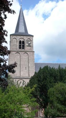 De kerk van Ophemert waar Godfried Neomagus is getrouwd.